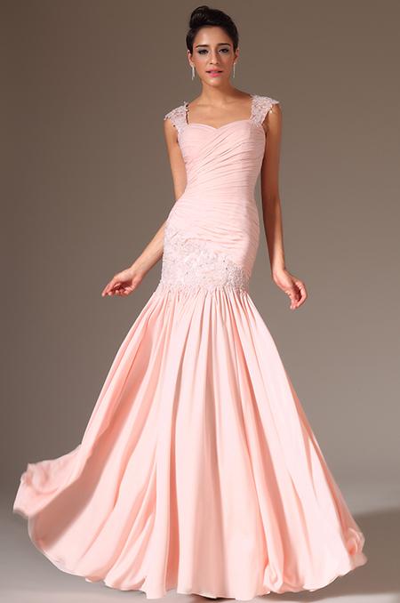 86ebafa0e62 Světle růžové krajkové společenské šaty