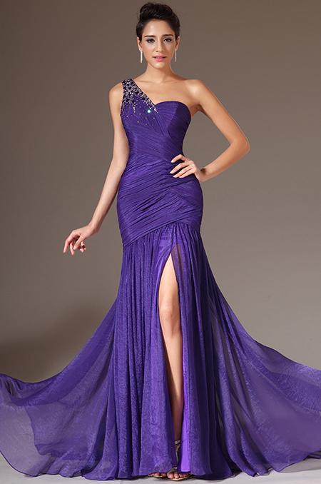 ceec5477c Fialové plesové šaty s kamínky | Salon Nadine